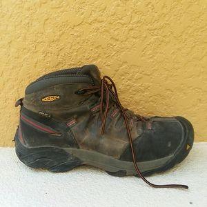 KEEN Waterproof Hiking Boot for men